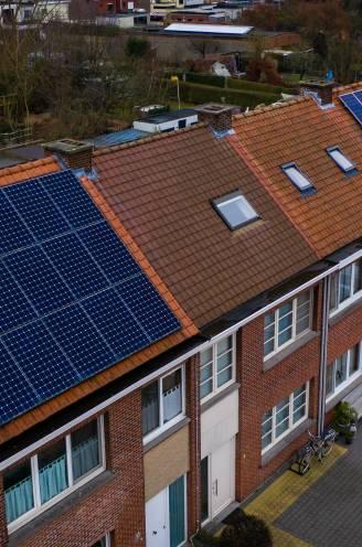 """Dit is het moment om zonnepanelen te plaatsen: """"Ga voor een Europees merk en kies je installateur slim"""""""