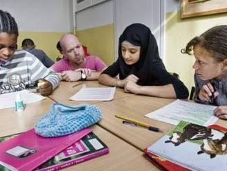 Zaak hoofddoekenverbod op school leidt niet tot arrest