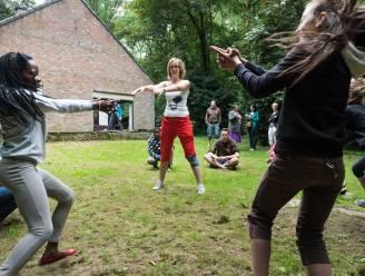 Leer spelenderwijs Nederlands op Zomerkamp