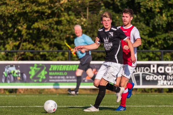René Kuijpers is dit seizoen weer speler van Markelo. Met twee assists tegen Buurse was de aanvaller belangrijk voor zijn ploeg.