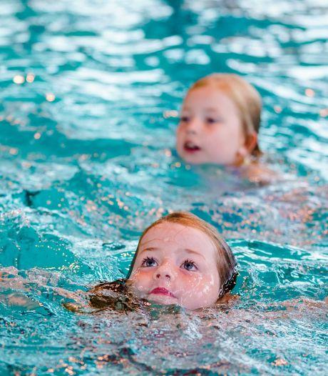 Toch zondagse zwemlessen in Hardinxveld om wachtlijsten weg te werken
