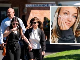 """New Yorkse begrafenis met lege urn voor vermoorde Gabby Petito (22): """"Als er een reis is die je wil maken, doe die dan nu"""""""
