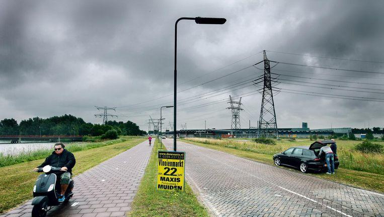 De Nuonweg, of Overdiemerweg, vlak voor de sluiting in 2014. Beeld Jean-Pierre Jans