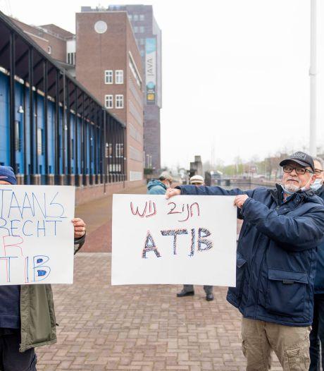 Turkse vereniging ATIB verzet zich tegen snelle ontruiming Kolkschool in Almelo, ook Paco Plumtrek moet verkassen
