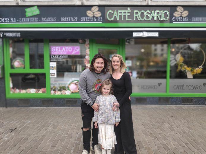 Fabio Cammalleri (31) en zijn vrouw Ineke Krzanowski (34) trekken samen met hun dochter Lilly-Rose richting Thailand.