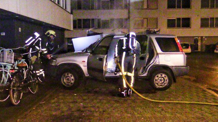 De derde autobrand van het jaar in Enschede.