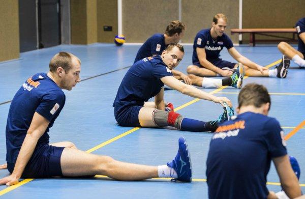 Oranje kan één set mee met volleybalgrootmacht Rusland, en daarmee is het sprookje uit