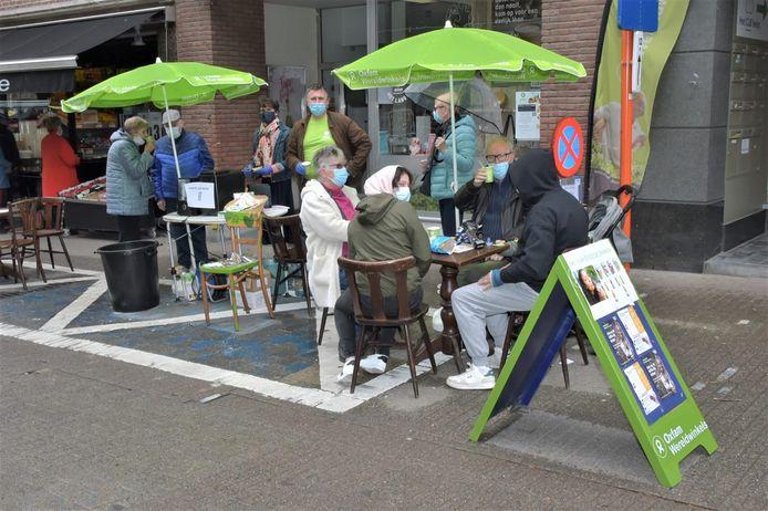 Oxfam-Wereldwinkel Halle-Beersel trakteerde bezoekers op gratis kopje koffie