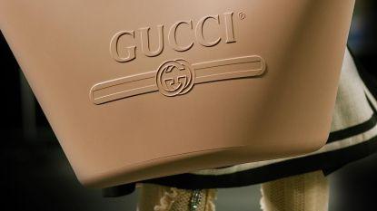 """Gucci verkoopt rubberen tas van 750 euro: """"Precies een wasmand"""""""