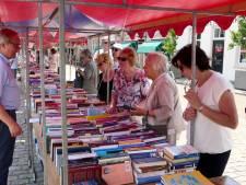 Opbrengst boekenmarkt Rotary Heusden voor duofiets