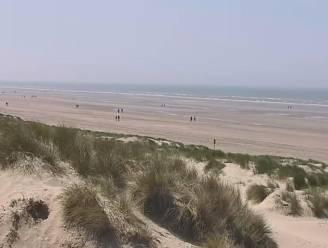De week begint lekker warm: kijk live naar het weer aan de Vlaamse kust