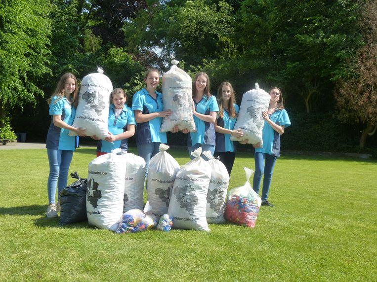 De leerlingen zamelden samen meer dan honderd kilogram in.