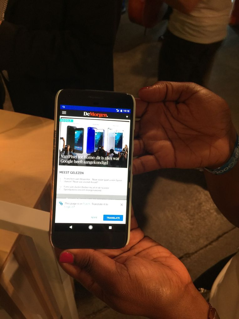 De website van De Morgen op de Google Pixel. Beeld rm