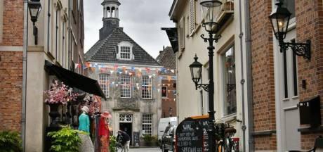Koningsdag: 'Vorstelijke wandelen' in Ootmarsum en 'Boer'n koe safari' in Deurningen