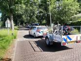 Zes aanhoudingen en drie vuurwapens gevonden in woonwagenkamp Maarheeze tijdens zoekactie politie