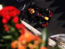 LIVE | Verstappen pal tussen Mercedessen in tweede training