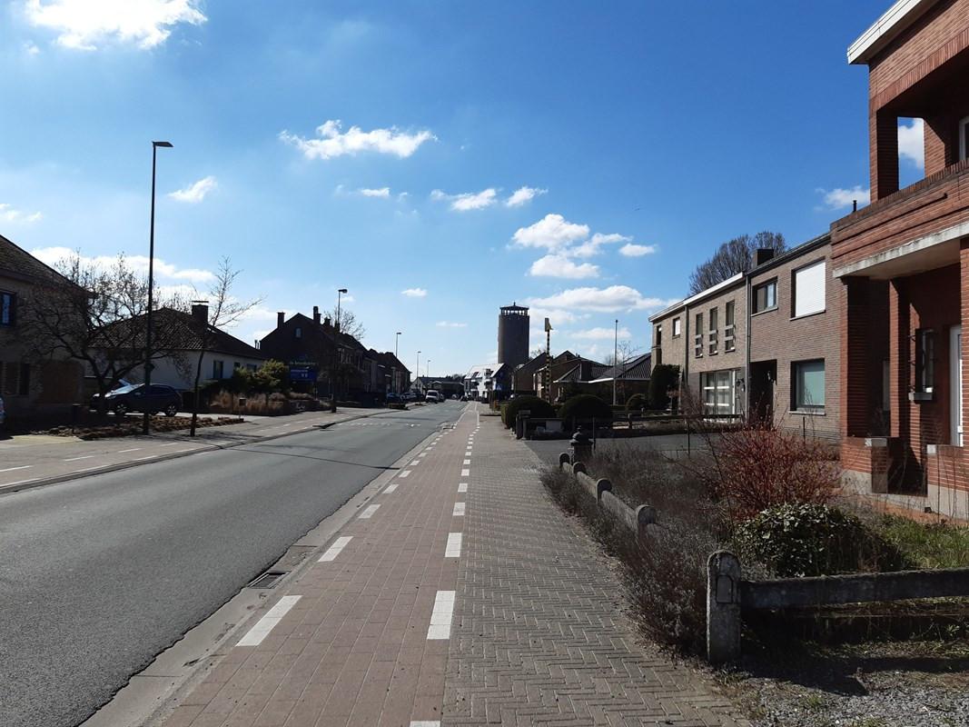 De N456 in Sleidinge.