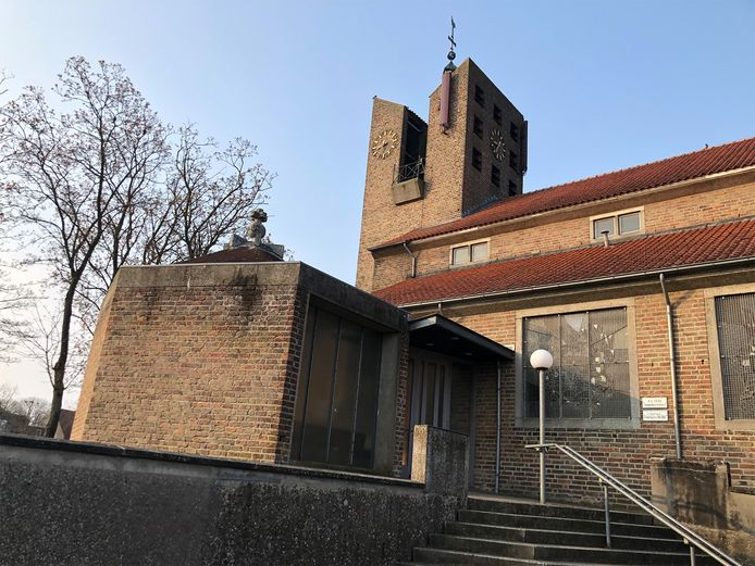 De kerk in Dussen.