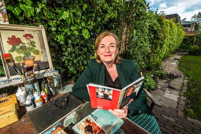 """Hettie Franken: """"Het kan best zijn dat ik in plaats van gedichten verhalen op papier zet."""""""