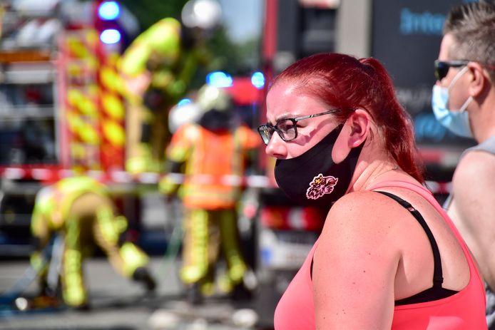 Trucker Daphne (25) zag het ongeval gebeuren en kon op tijd stoppen, omdat ze voldoende afstand had gehouden met haar voorliggers.
