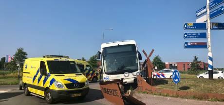 Buschauffeur Elburg onwel geworden achter het stuur