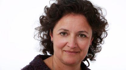 """""""Nee, ik ben niet Bronstige Bonobo"""": wij belden met geviseerde ex-collega's van VRT-anker Sigrid Spruyt"""