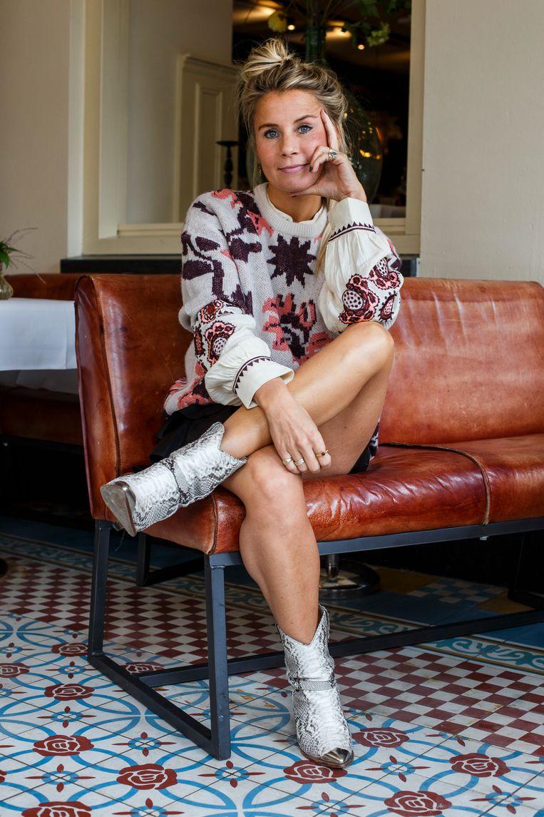 Miloe van Maarseveen de Roode: 'Ik ben nogal rommelig, meestal heb ik een halve messy bun op mijn hoofd.' Beeld Wollaert Carly