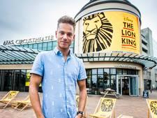 Gorcumer Aron Bruisten (28) speelt hyena in succesmusical Lion King: 'Hij is oliedom, en lacht alleen maar'