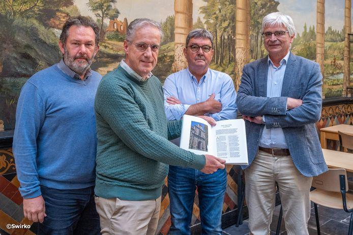 400 jaar Sint-Jozefscollege in Aalst: Filip Van De Winkel, Dirk Podevijn, Johan Van Gestel en Arie De Rijck schreven mee aan het boek.