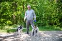 Jan Geldof laat elke dag zijn honden uit in het gebied.