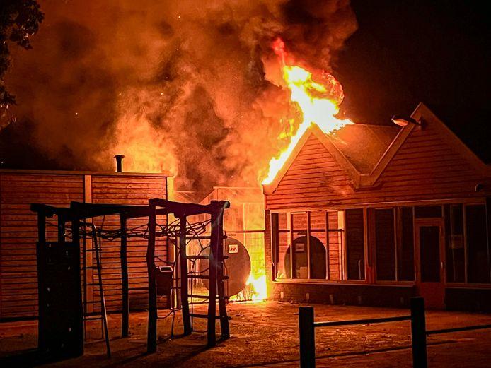 Brand zaterdag bij Het Baken in Oss.