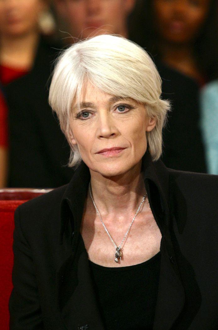 Françoise Hardy souffre d'un cancer du pharynx depuis 2015.
