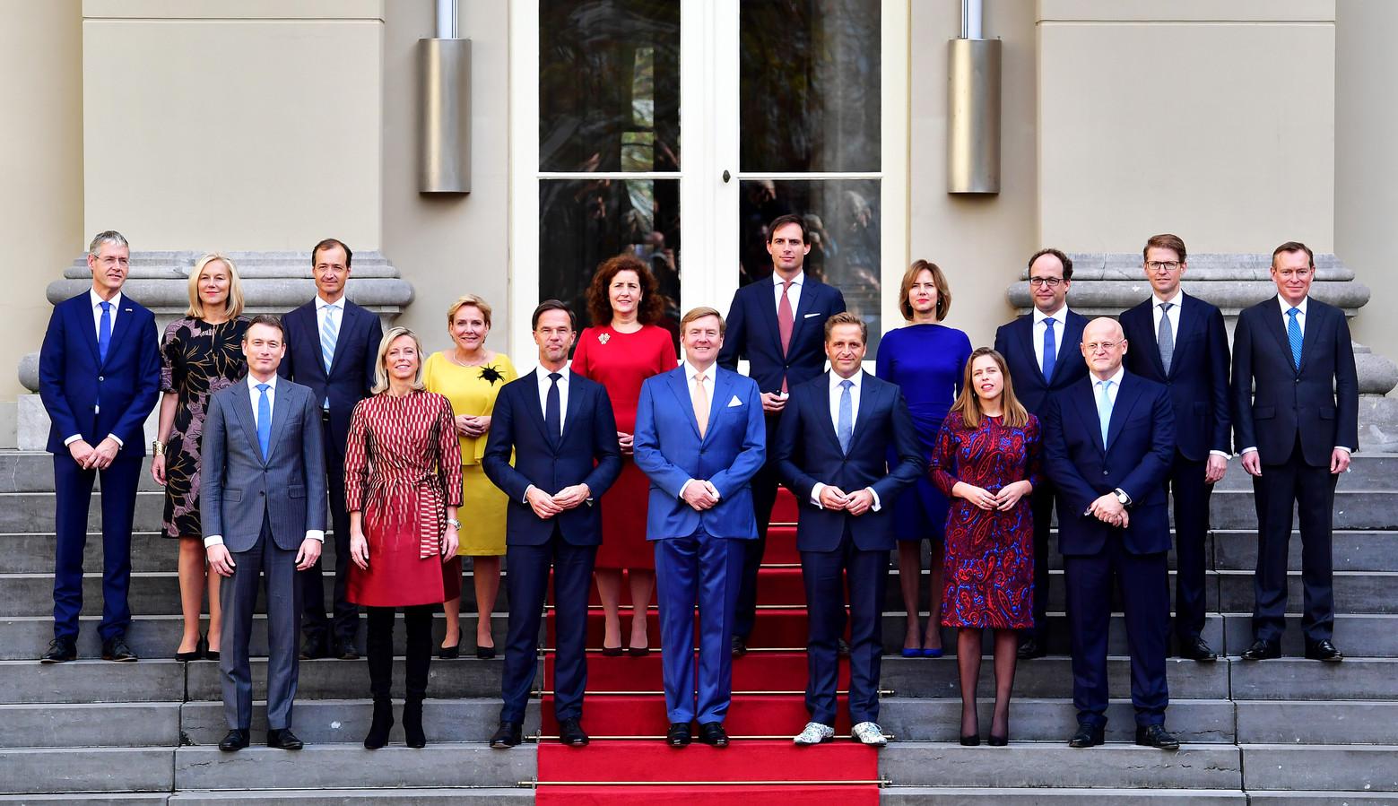 Rutte III op het bordes bij de koning in oktober 2017.