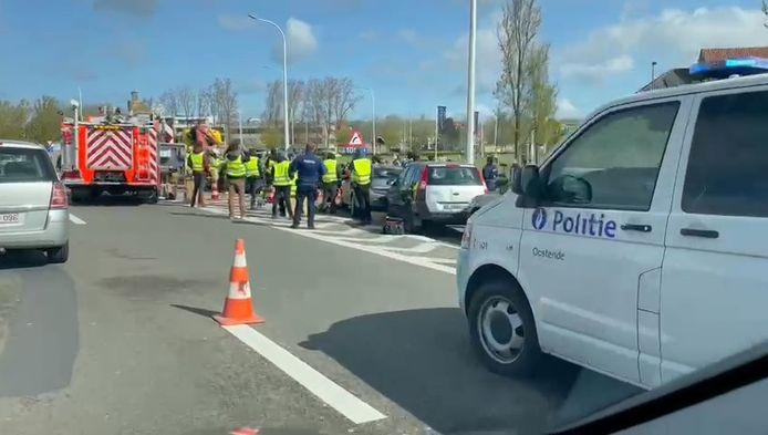 Op het einde van de A10 in Oostende leek een zwaar ongeval gebeurd. Het gaat evenwel om opnames voor de televisieserie 'Onder Vuur'.
