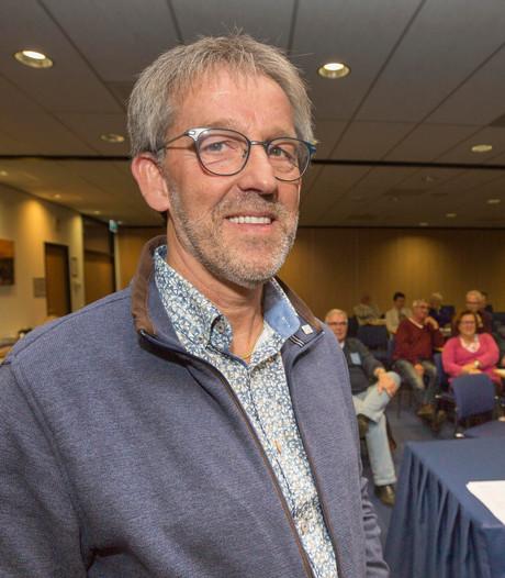 Afzwaaiende Asselman krijgt Zilveren Speld van KNLTB
