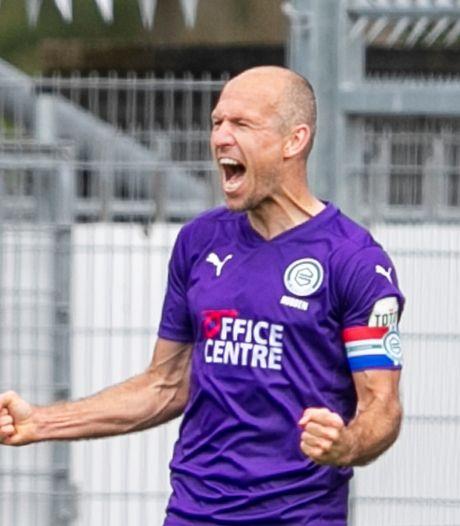 Robben beleeft op Drentse nepkorrels zijn fijnste momenten sinds zijn terugkeer bij FC Groningen