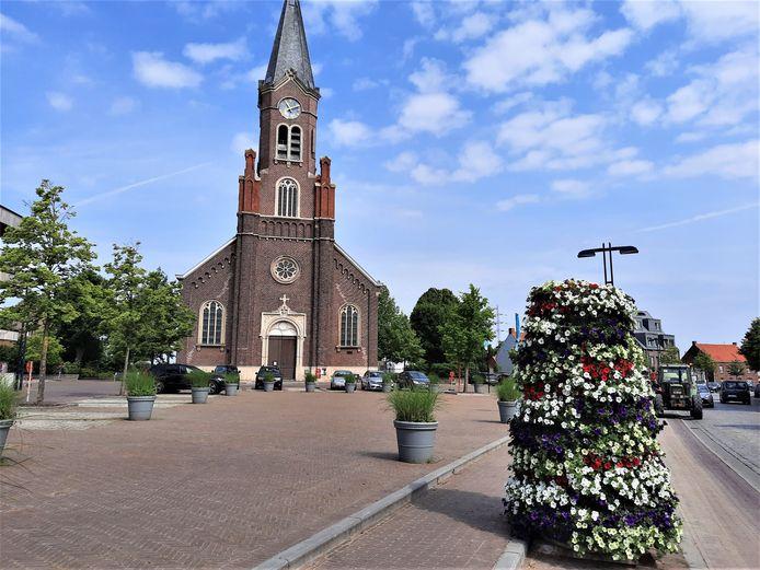 Het Ruienplein: vanaf 26 juni tot 31 juli kan je er zitten, spelen en bouwen.