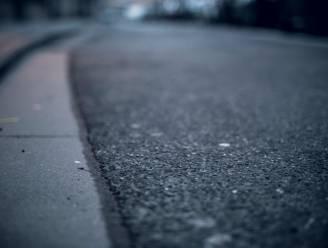 Nieuw asfalt aan Industriezone Cargovil