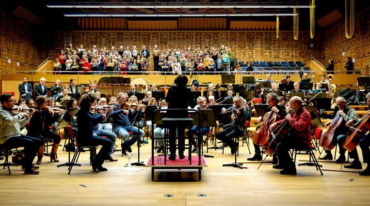 Een repetitie van het Metropole Orkest, het Radio Filharmonisch Orkest en het Groot Omroepkoor.  Beeld ANP
