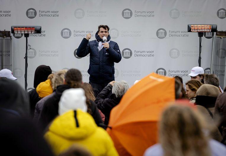 Thierry Baudet, leider van Forum voor Democratie, op een verkiezingsbijeenkomst in de openlucht in Katwijk. Beeld ANP