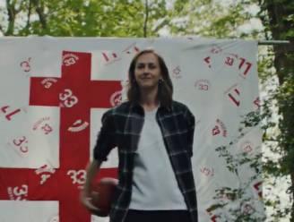 Nike neemt commercial op met Emma Meesseman: primeur in Europese vrouwenbasketbal