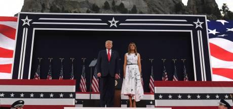 Feux d'artifice et foule sans masque pour Donald Trump alors que les infections au Covid-19 battent des records aux USA