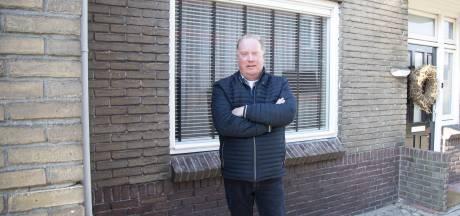 De woning van Arno uit Vroomshoop valt uit elkaar als een Lego-huisje: 'Volgens aannemer kost herstel 80.000 meer'