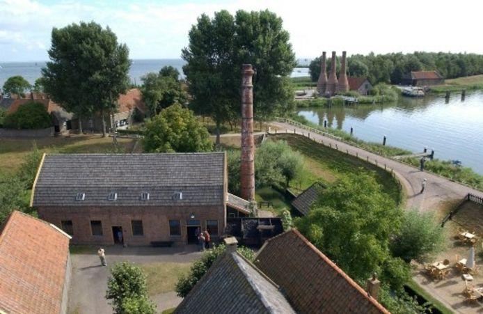 De stoomwasserij van de familie Van der Kamp van de Frieseweg zoals die in originele staat is opgebouwd in het Zuiderzeemuseum. Foto ZUIDERZEEMUSEUM