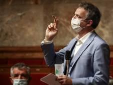 Un député français sort un joint à l'Assemblée nationale