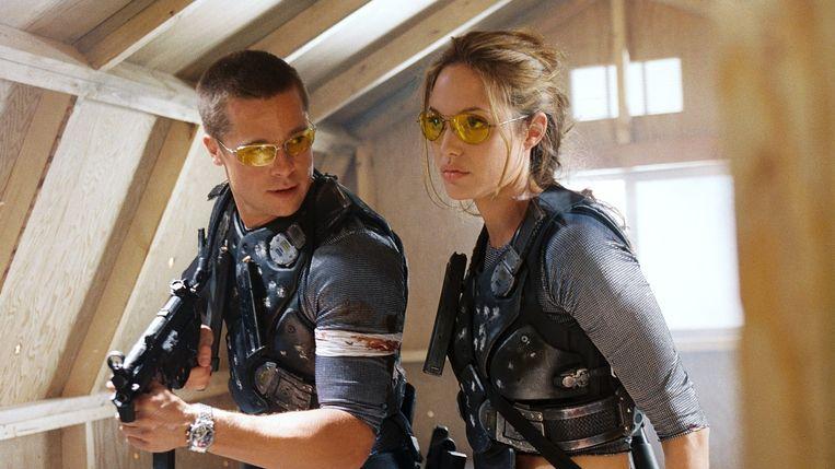 Brad Pitt en Angelina Jolie in 'Mr. & Mrs. Smith'. Beeld