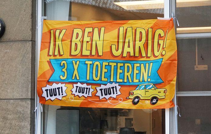 Aan automobilisten die in de Bekaertstraat passeerden, werd gevraagd om even te toeteren.