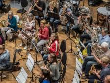 Koninklijke Erepenning voor 200-jarige harmonie Unitas et Fidelitas Gennep