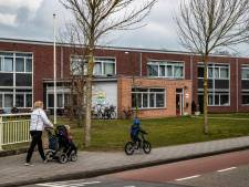 7 ton voor vier nieuwe lokalen bij De Linderte in Raalte: 'Bij aanvang nieuw schooljaar staan ze er al'