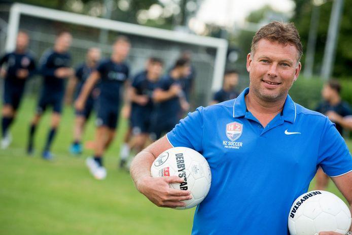 Hans van de Haar is ook volgend seizoen trainer van TEC.